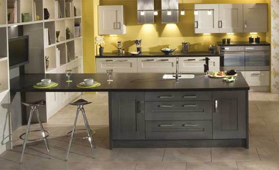 kitchen as Clonmel Oak in Anthracite & Mussel