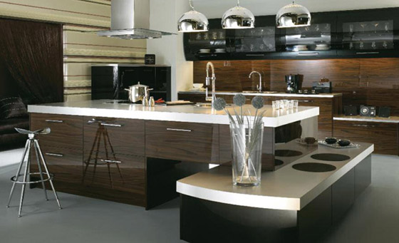 Kitchen as Ultra High Gloss Black & Ebony